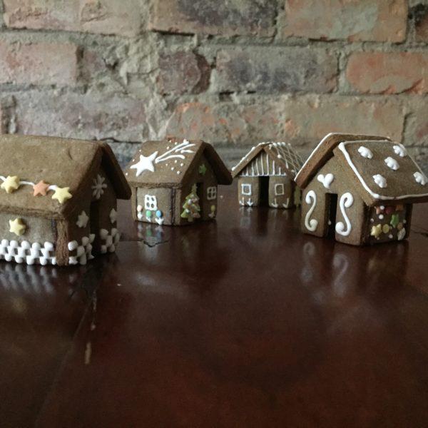 Mini Gingerbread House Cutters